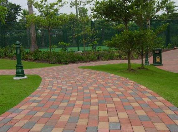 雨水透水砖在环境铺装景观中与艺术共生